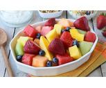 Market 32 Fresh Seasonal Fruit Bowl 40 oz.